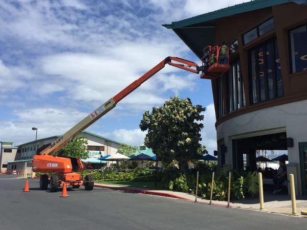 Boom Lift Rentals in on Oahu